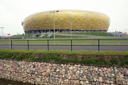 4000 Feet of Safety Railing Installed at PGE Arena in Gdańsk, Poland