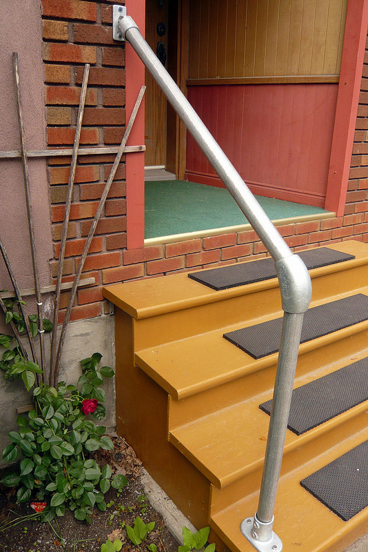 Outdoor Handrail Kits : Hybrid c outdoor stair railing easy install