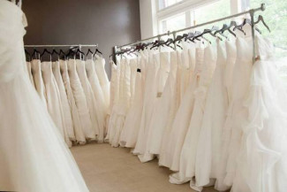 Bridal Boutique Dress Racks with a Modern Elegance