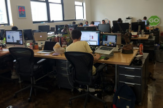 Construct an Open Workspace with Easy to Build Desks