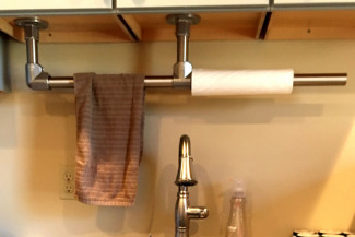 How to Build a Galvanized Pipe Towel Rack (with Step-by-Step Plans)
