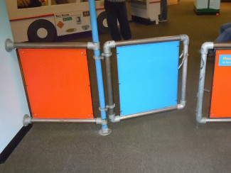 Make a Gate with Kee Klamp Pipe Fittings - Chicago Children's Museum