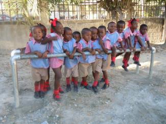 Building Playground Equipment for Haitian Children [Kee Klamp in Action]