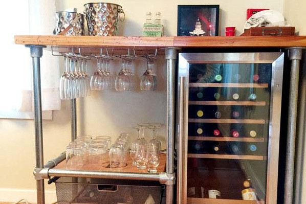 DIY Beverage Cart Built with Pipe (Steps to Build Your Own)