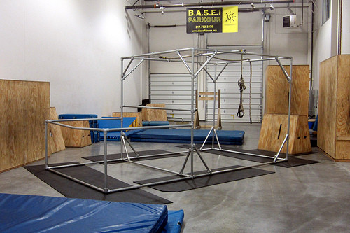 Freestanding Portable Parkour Pipe Structure Simplified