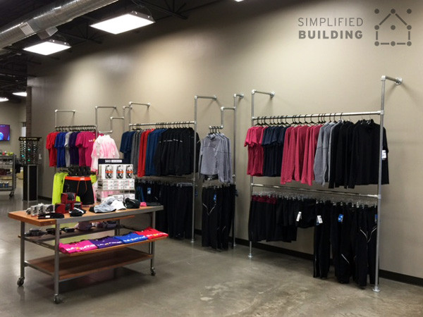 Display Racks that Pass the First Impression Test