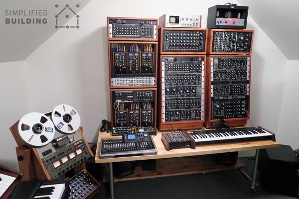 DIY Studio Desk For Comfortable Keyboard Playing