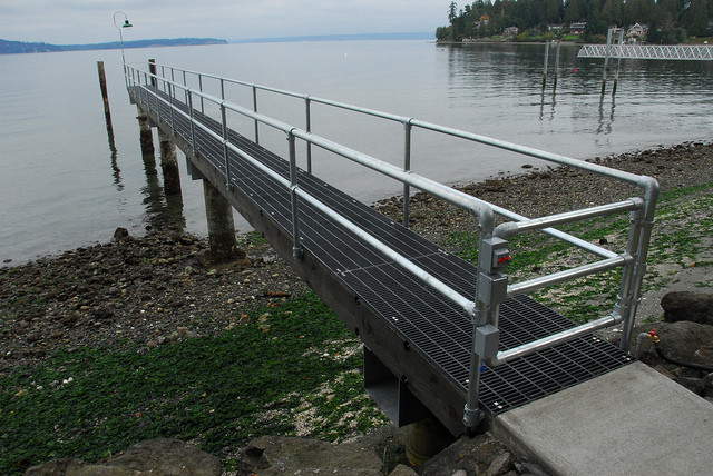 Side Mounted Dock Railing With Built In Gate Simplified