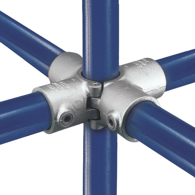 A40 - Split Four Socket Cross