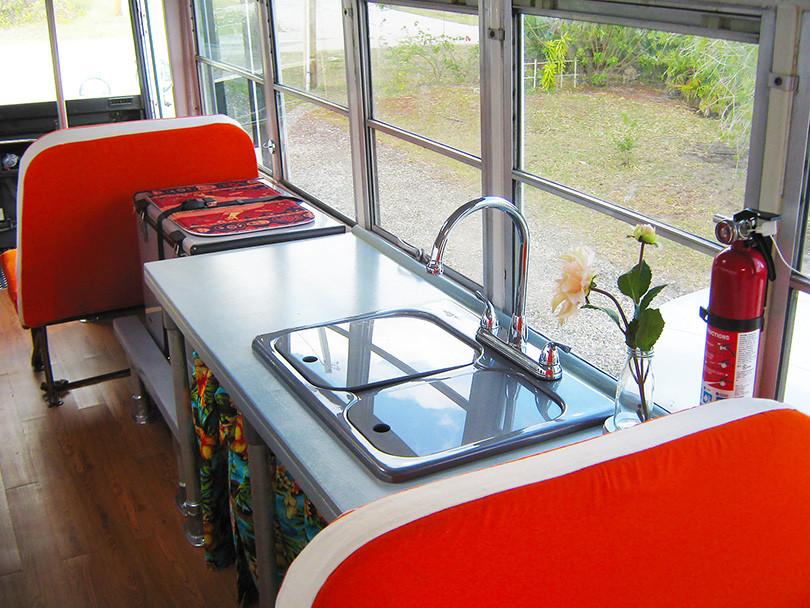 DIY School Bus Conversion (Turning a Bus into an RV)