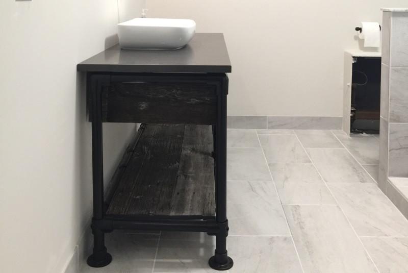 DIY Rustic Bathroom Vanity Built with Pipe & Kee Klamp